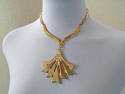 VTG 90s Costume Chain Gold Tone Large Pendant STATEMENT Runway Choker Necklace