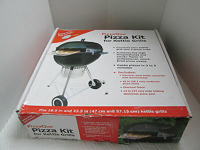 "PizzaQue Deluxe Kettle Grill Pizza Kit for 18"" & 22.5"" Kettle Grills PC7001 NEW"