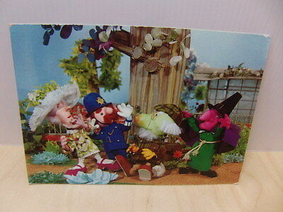 """The Herbs – 6"""" x 4"""" 1969 BBC Postcard BBC7 Lady Rosemary Constable Knapweed"""