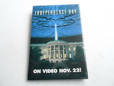 Vintage Pinback Button #64- 049 - Independence Day Movie