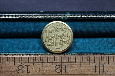 Original New York New Haven and Hartford 23mm Uniform Button Scovill Mf'g. Co.