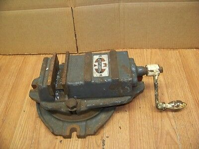 Montgomery And Co. 4 1/2' Swivel Milling Machine Vise Works Fine