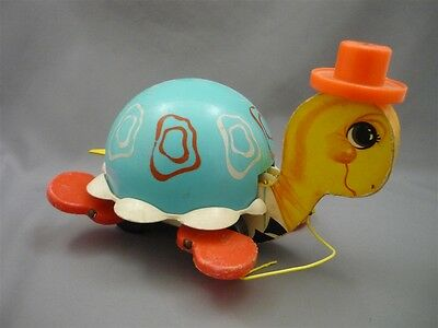 VINTAGE 1966 Fisher Price 773 TURTLE Pull Along TOY Cute Child's Play