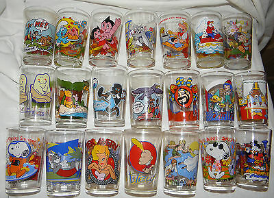 LOT DE 21  VERRES à MOUTARDE DESSINS ANIMES TV DIVERS....