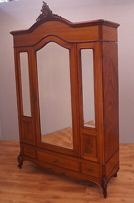 1521 !! Stunning French Mahogany Wardrobe/armoire In Rocailie Style !!