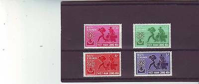 a131 - VIETNAM - SGS107-S110 MNH 1960 WORLD REFUGEE YEAR