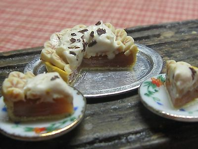 12th scale dollhouse dolls house food~Bsnoffee pie R/5~ by redclegg