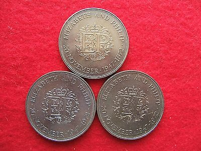 1972 BRITISH  'SILVER WEDDING'  COMMEMORATIVE  CROWN COIN  ( 25 pence )