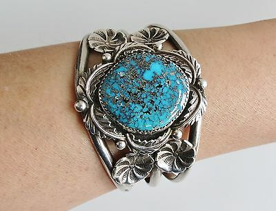 Strong morenci turquoise Navajo sterling silver VTG cuff bracelet peyote flowers