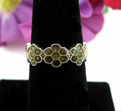 FLOWER BAND RING Vintage Yellow Green Enamel Silvertone Size 7 Costume Jewelry