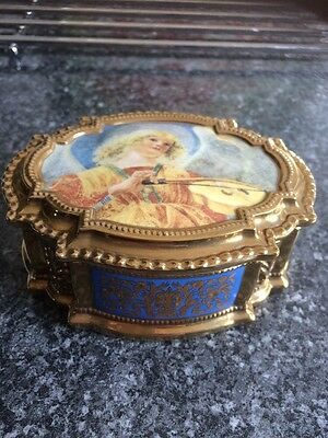 The Vatican Museums Angels Music Box Ave. Maria Porcelain Franklin Mint