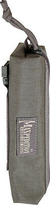 """Maxpedition Cocoon Pouch Foliage Green 3301F Measures 8"""" x 2"""". With an overall c"""