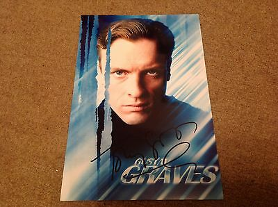 TOBY STEPHENS     -  JAMES BOND  POSE    - SIGNED  10x8   COL PHOTO  -  UACC