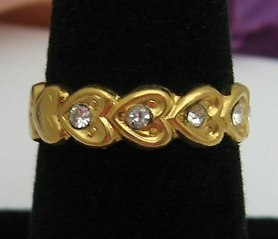 HEARTS and RHINESTONES  RING Vintage Goldtone BAND Size 8 Costume Jewelry