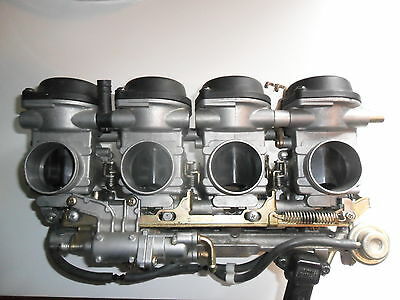 Yamaha R1 carbs fuel injection system