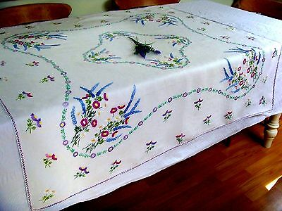 Exquisite Vintage Hand Embroidered Tablecloth Garden Flowers Daisies Lavender