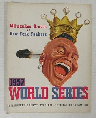 1957 World Series Program New York Yankees Vs. Milwaukee Braves Nice F807