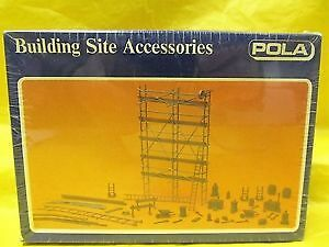 Pola 11462 1:87 HO Scale Scaffolding, Planks, Ladders, Work Tools