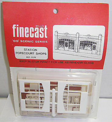 Wills Finecast SS18 Station Forecourt Shops Plastic Kit OO Gauge New Old Stock