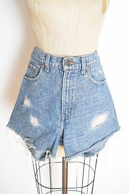 vintage 80s shorts LEVIS denim cut off distressed high waisted jean shorts M