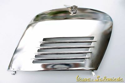Vespa side fairing incl. Lock - Chrome - V50 PV ET3 90 100 125 Special Special