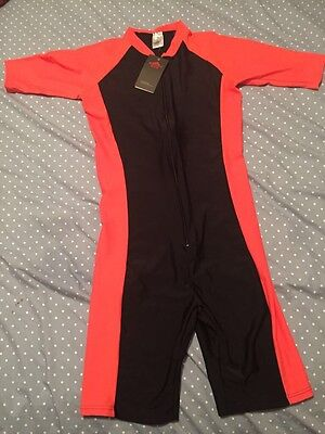 Task Guard Men's Surfing Suit Size Small