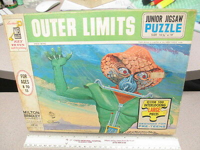 OUTER LIMITS 1964 TV show Space Being alien monster puzzle BOXED complete CLEAN