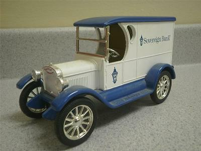 Ertl Diecast 1923 'sovereign Bank' Delivery Van / Bank- With Key- Good  L80