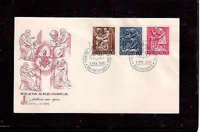 VATICAN 1966 FIRST DAY COVER with #425,29,31, ARTS AND CRAFTS !!
