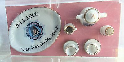Madame Alexander MADCC 1991 Convention Doll Size TEA SET, Mint in box
