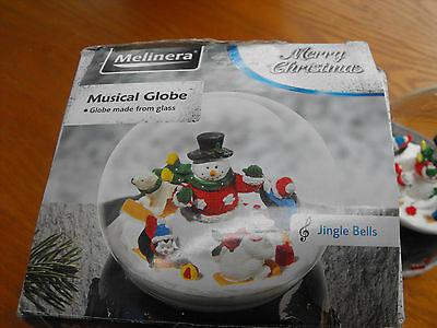 Melinera Musical Christmas Globe, plays Jingle Bells  ex condition