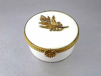 Vintage LIMOGES FRANCE Porcelain PILL PATCH TRINKET BOX Lily of the Valley