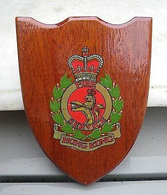 VINTAGE 1950/60s HONG KONG FIRE SERVICE WOODEN SHIELD BADGE/WALL PLAQUE
