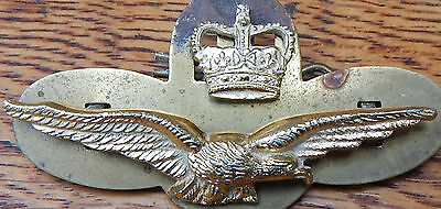 QE2 PILOT SIDE-Cap Badge Queen's Crown Royal New Zealand Air Force R.N.Z.A.F.