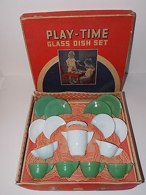 Vintage Antique Akro Agate 16 Pc Play Time Glass Toy Dish Set #234 Green White