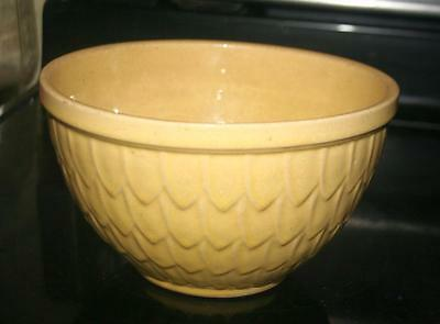 "Vintage 8"" Yellow McCoy Signed Pottery FISH SCALE Pattern LG Mixing Bowl"