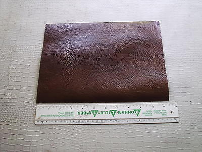 TAN-ANTIQUE LEATHER WITH EMBOSSED BUFFALO GRAIN  FOR FALCONRY  JESSES 1.1mm
