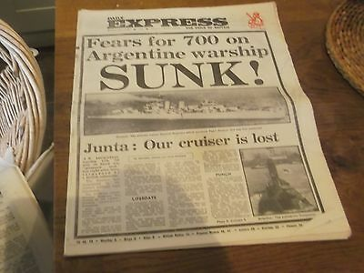 6 X 1982 Newspapers Featuring The Falklands War  Daily Express , Mail , Standard
