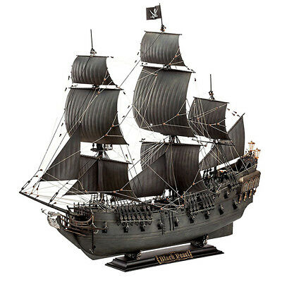 REVELL Black Pearl Pirate Ship 1:72 Ship Model Kit - 05699