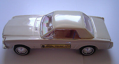 Jim Beam 1964 White Mustang Decanter In Original Box Whiskey empty