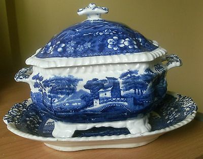 "Copeland Spode ""spode's Tower"" Blue & White Tureen And Stand"