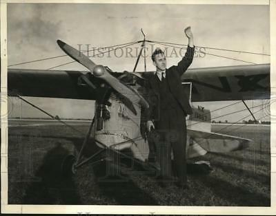 1939 Press Photo of Patrick Breen before taking off from New York to Miami, FL