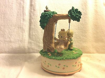 """Vintage Enesco Lucy And Me Music Box Plays """"Always"""" Tree Swing"""