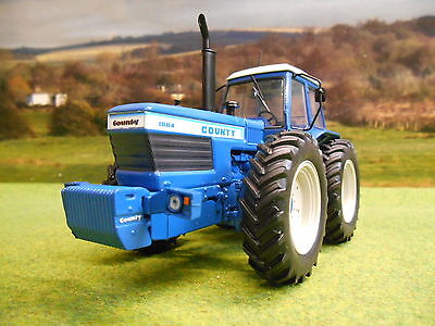 Universal Hobbies Limited Edition County 1884 4Wd Tractor 1/32 5236
