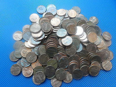 700 Grams Of  U.s.a. Coins  One  Cents Used.