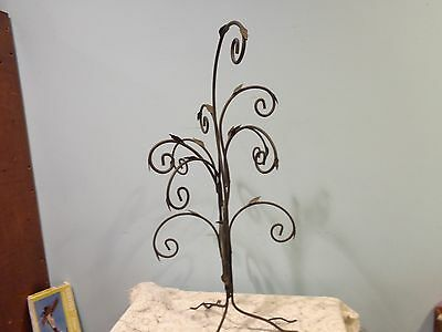 Wrought Iron Tree Roots Leaves Iron Metal Holder Stand for Display Art Metal