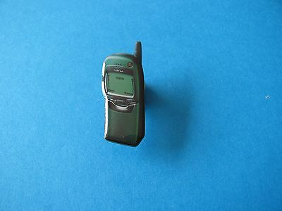 Vintage NOKIA Mobile Pin Badge. Mobile Phone Company. VGC
