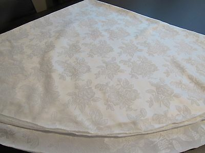 "Vintage White Irish Linen Rose Design Damask Round Tablecloth 65"" x 69"""