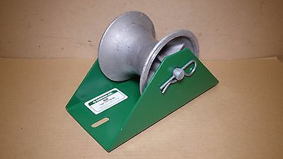 GREENLEE 658 Tray Type Cable Sheave Tugger Puller