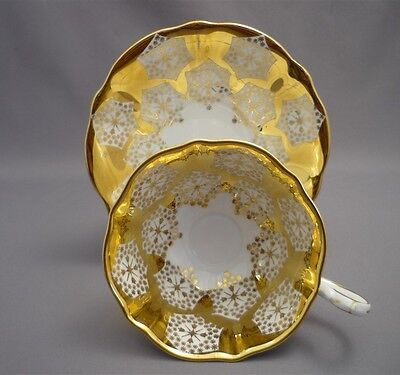 Queen Anne HEAVY GOLD SNOWFLAKES English Bone China FANCY Tea Cup & Saucer SET